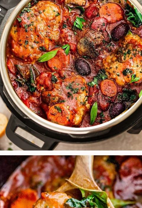 Instant Pot Chicken Cacciatore – an easy pressure cooker meal with tomatoes, b...