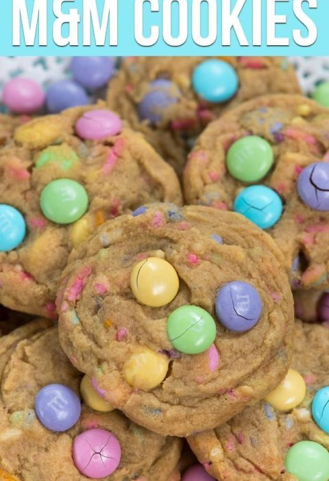Make Easter M&M Cookies for spring! This is the best pudding cookie recipe fille...