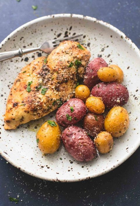 This is hands down the BEST Instant Pot Chicken and Potatoes recipe. Ranch-seaso...